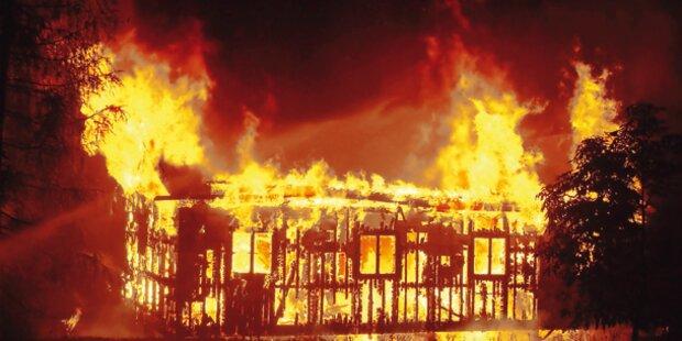 Eine Tote bei Wohnungsbrand