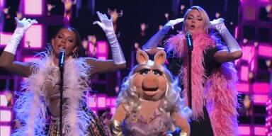 Heidi & Miss Piggy: Schweinische Gesänge!