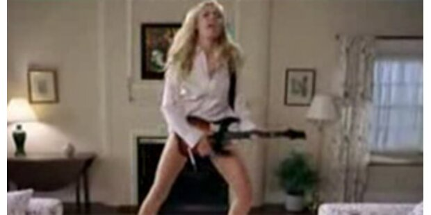 Heidi Klum rockt als sexy Guitar Hero