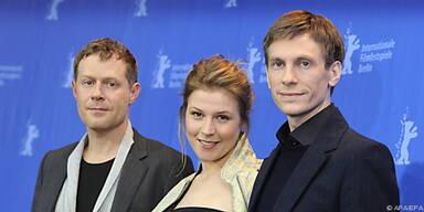 Heisenberg (r.) mit seinen Darstellern