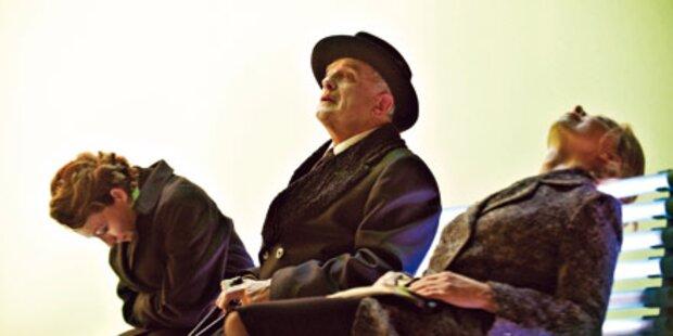 Bernhard-Premiere: Lacher und Langeweile