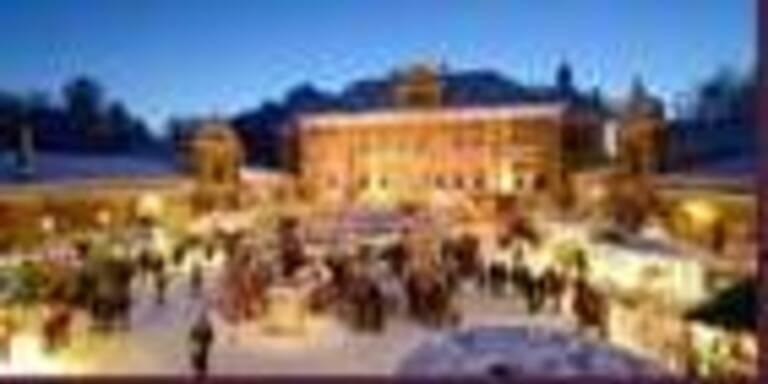 Märchenhafte Kulisse für einen der schönsten Adventmärkte Österreichs