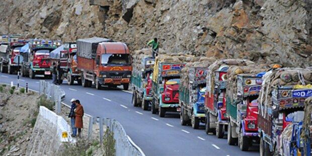 Busunfall: 22 indische Urlauber getötet