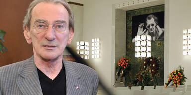 Hirsch: Tränen um den letzten Poeten