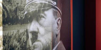 """Wirbel um Auktion von Hitlers """"Mein Kampf"""""""