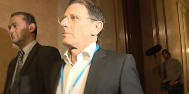 Telekom: Gusenbauer und Strasser kassierten