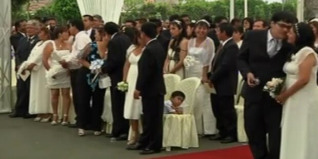 Massenhochzeit in Peru: 92 Paare getraut