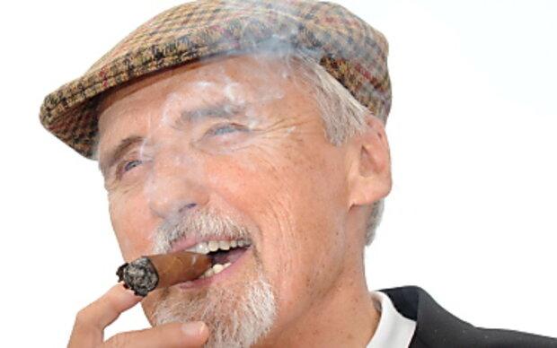 Krebskranker Dennis Hopper reichte Scheidung ein