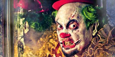 Clown-Masken fast ausverkauft