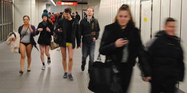 Nackt-Alarm in der U-Bahn