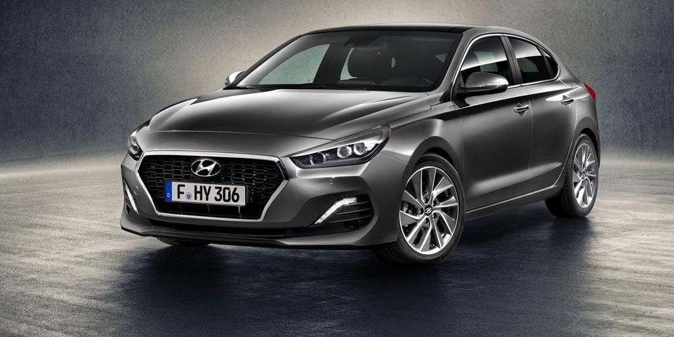 Hyundai-i30-Fastback3.jpg