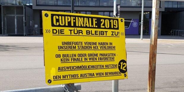 Irre: Austria-Fans versperren Stadion
