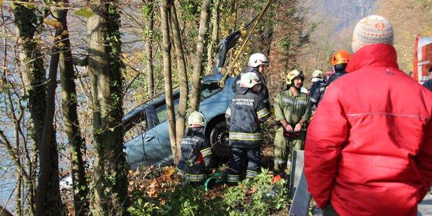 Ehepaar rettet Autofahrer mit Spanngurt aus eiskalter Donau