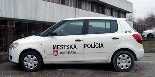Polizei schleppte Auto samt Baby ab