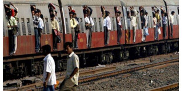 Mindestens 15 Tote bei Zugsunglück in Indien