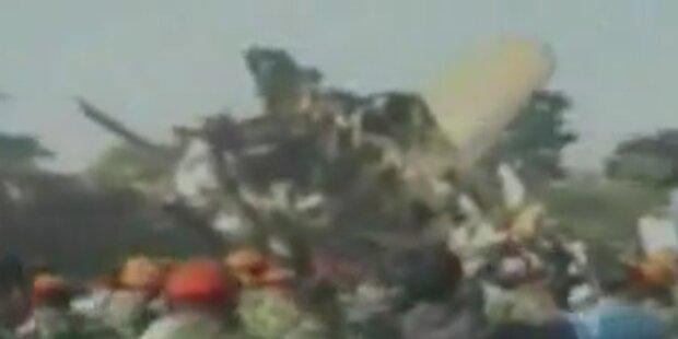 Flugzeugabsturz bei Militärübung in Jakarta