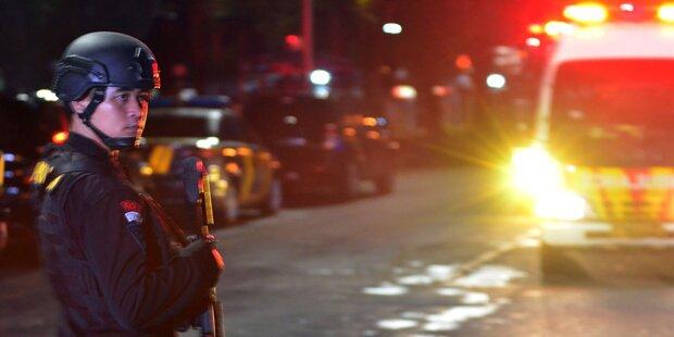 Mob verbrannte Mann nach Diebstahl in Moschee