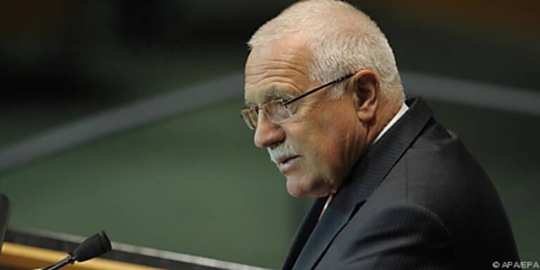 Internationaler Druck auf Vaclav Klaus wächst