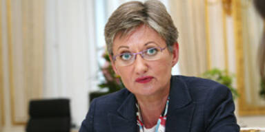 Ministerin Schmied