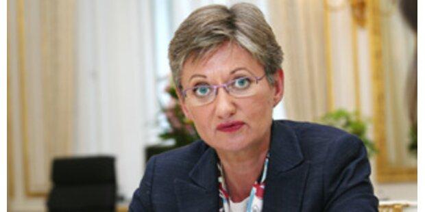 Schmied will 1 Mrd Euro in Schule investieren