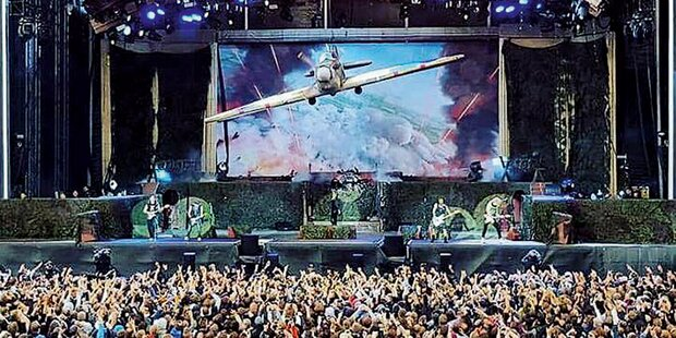 220.000 Fans stürmen Nova Rock