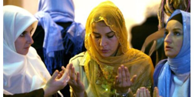 Streit über Islam-Lehrer-Studie geht weiter