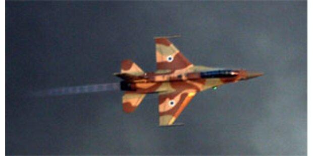 Israel greift Gazastreifen an
