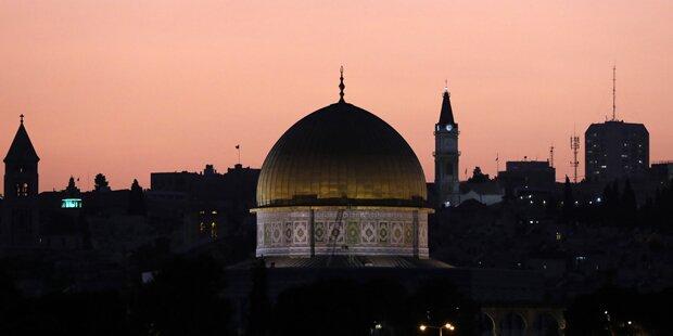 Israel riegelt Palästinensergebiete ab