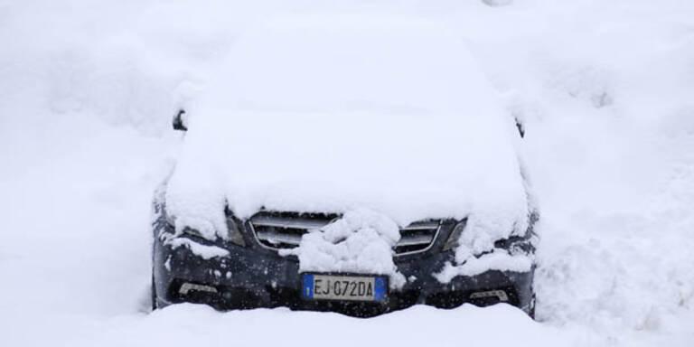 Starker Schneefall in Norditalien