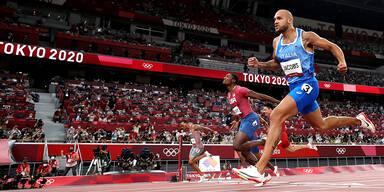 Jacobs feiert Gold in 100M-Sprint