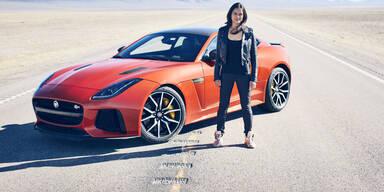 Heiße Schauspielerin knackt Jaguar-Rekord