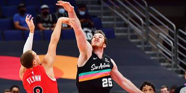 Spurs verlieren bei Raptors +++ 76ers bezwingen Nets