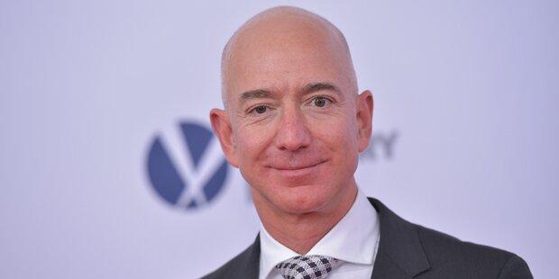 ER ist nun der reichste Mensch der Welt
