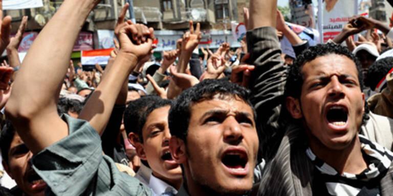 Zehntausende protestierten in der jemenitischen Hauptstadt Sana'a.