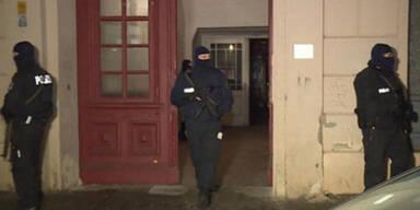 Terror-Razzia in Berlin: 3 ISIS-Terroristen verhaftet