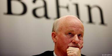 Jochen Sanio kritisiert Basel-II-Bestimmungen