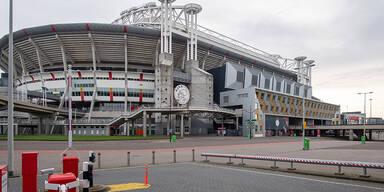 Achtung: So müssen sich Fans in Amsterdam verhalten!