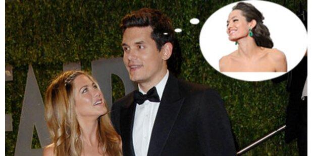 Aniston-Lover: Sex-Fantasien über Angelina Jolie