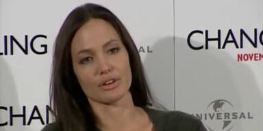 Angelina Jolie spricht über verstorbene Mutter