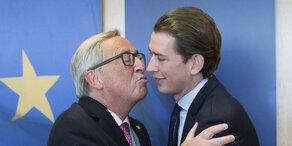 Bussi in Brüssel: Junckers