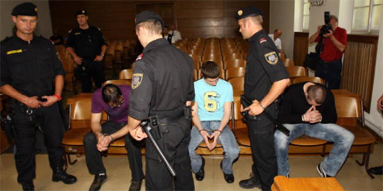 Haftstrafen für zwei Angeklagte erhöht