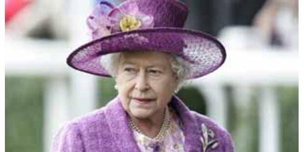 Queen will mit teurer Telefonhotline abcashen