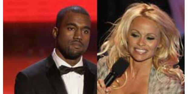 Pam Anderson plaudert über Kuss mit Kanye West