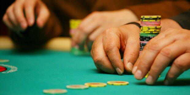 Spielsüchtiger Banker zweigte 700.000€ ab