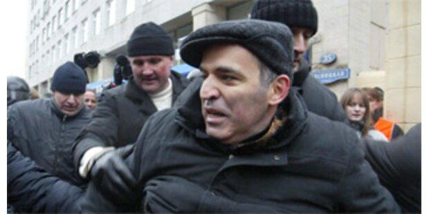 Russischer Oppositionsführer Kasparow festgenommen