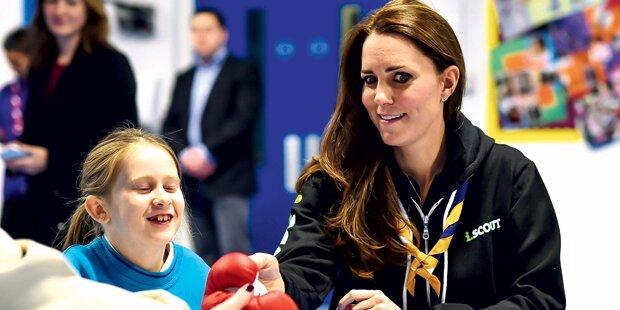 Lässig: Kate im Jogger zur Charity