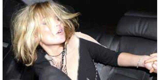 Kate Moss & Allegra Versace gaben sich die Kante