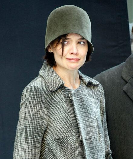 Warum weint Katie Holmes auf offener Straße?