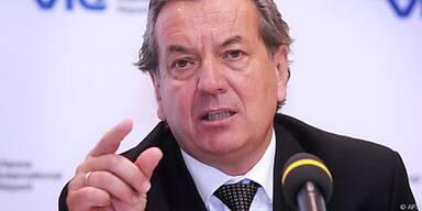 Kaufmann hat einen Vertrag bis Ende September 2014