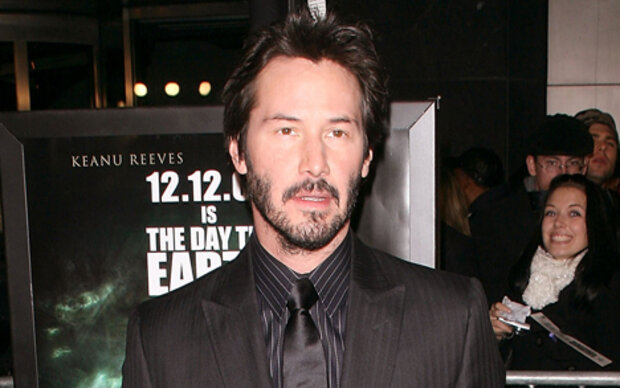 Keanu Reeves hat sich die Beine rasiert